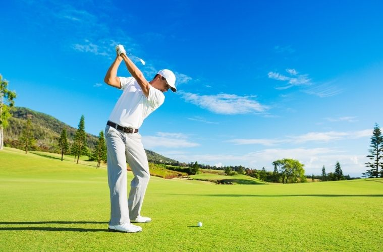 6 of the Most Important Golfing Accessories